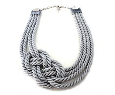 Silver Grey Nautical Rope Statement Necklace di ChichiKnots