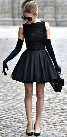 Robe noire inspirée par Audrey Hepburn