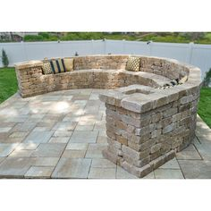 Fire Pit Bench, Fire Pit Seating, Wall Seating, Patio Seating, Curved Outdoor Benches, Curved Patio, Outdoor Stone, Small Backyard Design, Backyard Patio Designs