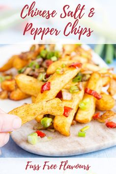 Learn how to make these Chinese salt and pepper chips at home. Easy Fakeaway food to save some money on food! Best Fries Recipe, French Fries Recipe, Chips Recipe, French Recipes, Chinese Salt, Chinese Food, Korean Food, Beef Recipes, Cooking Recipes