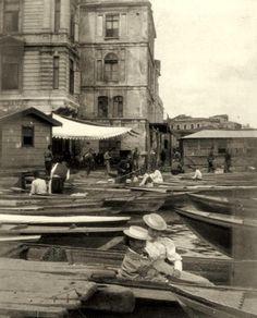 Eminönü'nde sandalcılar (Yıl?)