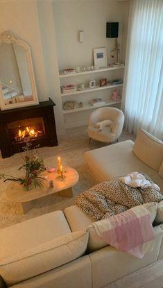 Dream Home Design, Home Interior Design, House Design, Casas The Sims 4, Dream Apartment, New Energy, Aesthetic Bedroom, Earthy Bedroom, Dream Rooms