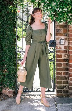 It's no secret that we're utterly obsessed with the Gal Meets Glam collection available at Nordstrom. The pretty, vintage-inspired dresses comes in sizes 00 to Stylish Dresses, Casual Dresses, Casual Outfits, Cute Outfits, Dress Outfits, Girls Fashion Clothes, Fashion Dresses, Jumpsuit Outfit, Jumpsuit Style