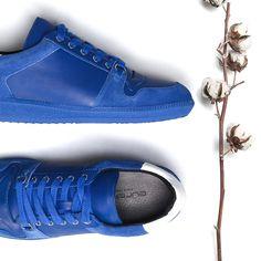 Nem o inverno rouba as cores! #eurekashoes #sneakers #eureka #eurekalovers #inspiration #fw1516 #velvet
