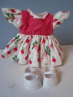 VINTAGE 1950s Nancy Ann Muffie Doll Dress Vegetables Radish Print Pink w/Shoes