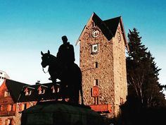 """""""El Centro #center #plaza #statue #horse #history #person #rustic #architecture #bricks #sky #tree #bariloche #argentina #city #photography #photooftheday #instagood"""" by @mengphotos. #capture #pictures #pic #exposure #photos #snapshot #picture #composition #pics #moment #focus #all_shots #color #foto #photograph #fotografia #photographyeveryday #photoart #ig_shutterbugs #photogram #photodaily #instaphotography #photographylovers #grow #dedication #mobilephotography #pushpullgrind #grindout…"""