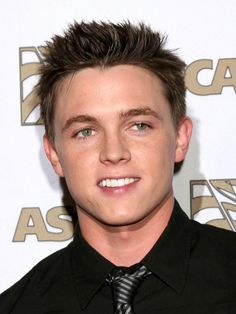 Jesse McCartney....there are no words that can explain my love for him, and idc what anyone has to say about it!