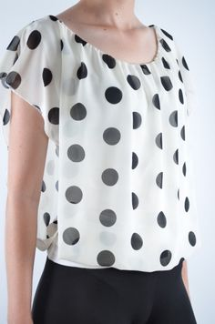 Bluza femei Polka Dot diverse culori Polka Dot Top, Barbie, Casual, Tops, Women, Fashion, Moda, Fashion Styles, Fashion Illustrations