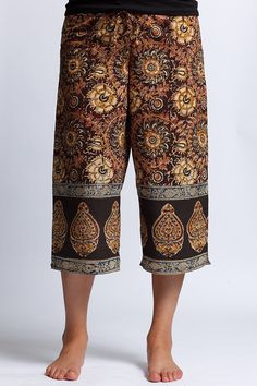 NARMALA Capri - Kalamkari Limited Edition PUNJAMMIES. Wide-legged, super comfortable. Matching drawstring with chic wood beads at elasticized waistband. HANDMADE FOR WOMEN BY WOMEN WITH HOPE FROM INDIA. $35