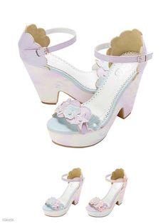DreamV Sandals