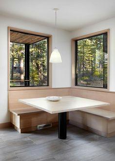 Akzent Wand Aus Stein In Einem Modern Rustikalen Haus #wohnbereich  #sitzecke #trockenbau #beton #leseecke #kamin #wohnzimmer #badezimmer #grau  #fliesen ...