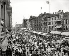 Labor Day: 1900