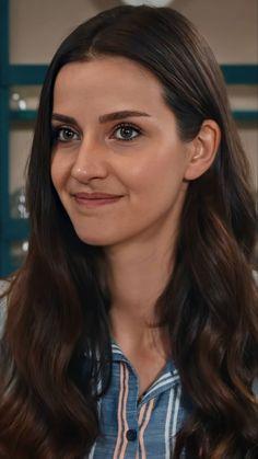 Beautiful Series, Most Beautiful, Black Sea, Turkish Actors, Actresses, Wallpaper, Funny, Beauty, Women