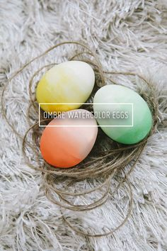 diy ombre easter eggs / oh so very pretty