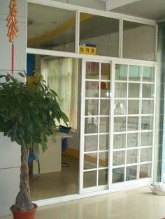 De Buena Calidad espesor de 1,4 mm perfil blanco, puertas corredizas de vidrio balck aluminio gris con volar pantalla Venta
