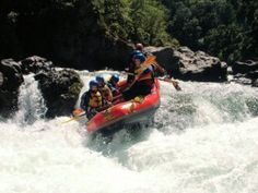 In my to do list during my August vacations. Top 5 Rivers for White Water Rafting in Canada on http://ibackpackcanada.com