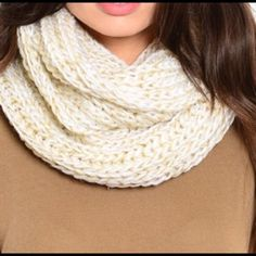 Beige infinity scarf! Love this scarf ! Looks exactly like the picture! I have 6 available. Please comment below if you would like to purchase and I was create a new listing!☺️ Accessories Scarves & Wraps