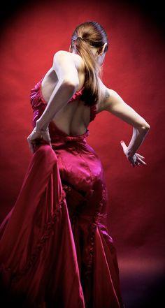 Celina Zambon.net - Actrees, Flamenco Dancer & Yoga Teacher