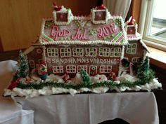 Love this Gingerbreadhouse from Sandhamn in Stockholm 2012