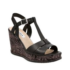 d14cd9136a3 Adesha River Black Leather womens-wide-width Clarks Sandals