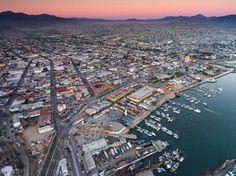 #Ensenada una #ciudad que desde tu primera visita te #enamorará. Nomás de ver esta maravillosa foto te darán ganas de tomar camino hacía acá.  Aventura por sr_drummond  #ENS #Baja #Mexico #MX #Love #City #Pink #Sunset