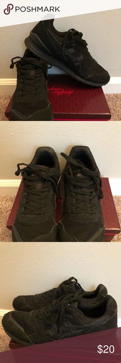 Black Asics Men's size 10. In great condition! Asics Shoes Sneakers