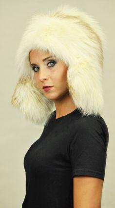 23 Best Women s fox fur hats images  62796ac19122