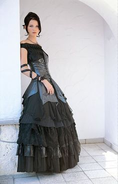 I like the different textures on the skirt..