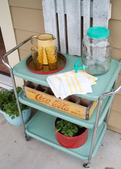 Vintage Metal Cart Makeover- Krylon Jade paint