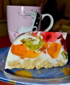 """Торт """"Битое стекло"""". Просто и ооочень вкусно!;) / Болталка / Ку2-3 пачки разноцветно-разновкусового желе; 1 пачка желатина (25 гр); 500 гр сметаны; 1 пачка печенья; 100 гр сахара; ваниль; фрукты по желанию.  Это то, что вы можете найти и в интернете… линария"""