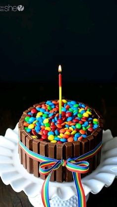 Candy Cakes, Cupcake Cakes, 3d Cakes, Cake Cookies, Cookies Et Biscuits, Birthday Cake Alternatives, Yellow Cake Mixes, Cake Tutorial, Let Them Eat Cake