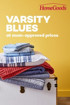 Need to do a little dorm room decorating? HomeGoods has varsity bedding (including the elusive Twin XL!) with prices perfect for those who are saving their quarters for laundry. Shabby Chic Homes, Shabby Chic Decor, Vintage Decor, Country Decor, Farmhouse Decor, Ikea Closet Hack, Closet Hacks, Tokyo Apartment, Co Housing