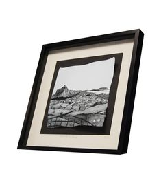 Sligo's iconic Ben Bulben and Knocknarea mountains captured in this beautiful porcelain image by Stephen Farnan. Irish Pottery, Glass Ceramic, Ireland, Porcelain, Ceramics, Mountains, Frame, Beautiful, Products