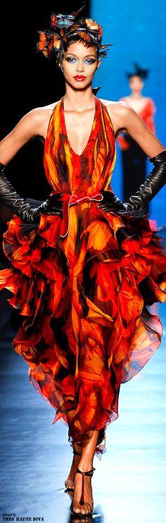 Jean Paul Gaultier Spring 2014 Couture http://www.vogue.com/fashion-week/spring-2014-couture/jean-paul-gaultier/review/#/collection/runway/spring-2014-couture/jean-paul-gaultier/43
