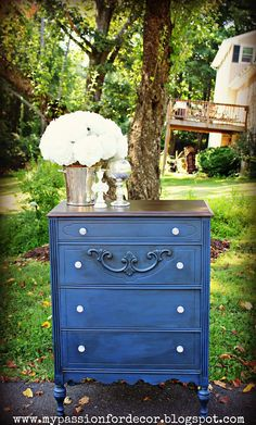 Love this dresser! My Passion For Decor: Feeling Navy Blue Bedroom Furniture Sets, Paint Furniture, White Furniture, Furniture Makeover, Furniture Design, Dresser Makeovers, Furniture Plans, Gothic Furniture, Dresser Ideas