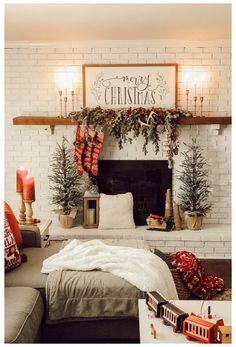 Christmas Mantels, Cozy Christmas, Xmas, Top Christmas Movies, Christmas Salon, Christmas Garden, Very Merry Christmas, Outdoor Christmas, White Christmas