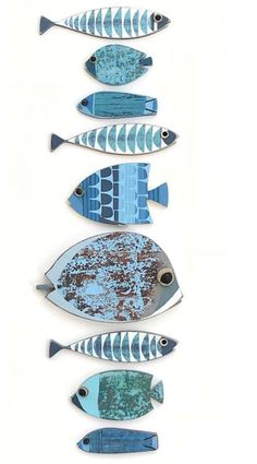 Driftwood Fish, Driftwood Crafts, Wooden Crafts, Painting Ceramic Tiles, Ceramic Art, Fish Wall Decor, Wooden Fish, Fish Design, Beach Crafts