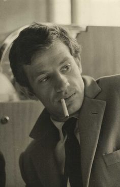 Jean-Paul Belmondo The great face of the legendary French actor, with that beautiful nose, my mind wanders….(please follow minkshmink on pinterest)