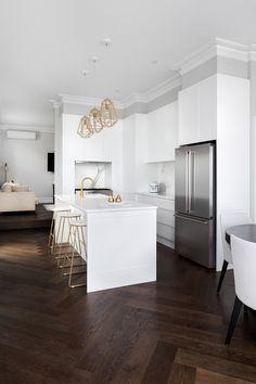 Epsom — Emily Bartlett Photography Photography Open Plan Kitchen Living Room, Home Decor Kitchen, Kitchen Interior, Home Kitchens, Home Room Design, Dream Home Design, Home Interior Design, Küchen Design, Floor Design