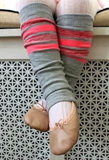 DIY #legwarmers I want to make a bunch of legwarmers and gauntlets BECAUSE I'M ALWAYS SO COLD!!