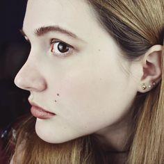 Laura Hohmann, Beauty, Model, Skin, big eyes, puppy eyes, yawline, blogger, actress, youtube, nomakeup, hot, face