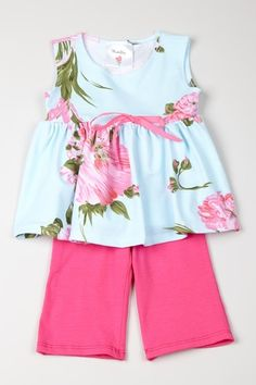 Mad Sky clothes...love them.  Especially 70% off :)