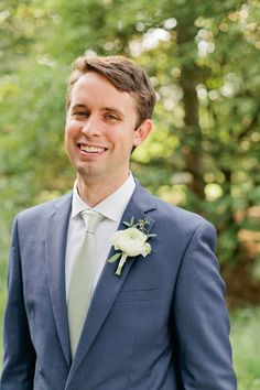 Dapper groom in Navy and the perfect white ranunculus boutonniere :: Valerie + Jacob Ranunculus Centerpiece, Ranunculus Boutonniere, Ranunculus Wedding, White Boutonniere, White Ranunculus, Groom Boutonniere, Boutonnieres, Wedding Flowers, Bouquet