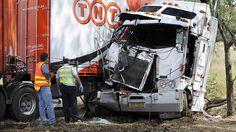 BRUTAL FAIL Dashcam Car Crash Compilation – Moral of the story: wear your god damn seatbelts