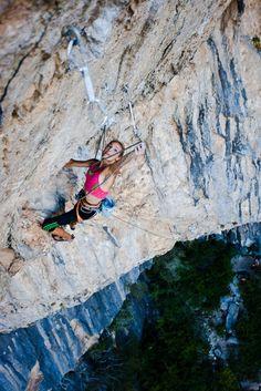 19 year old Sasha DiGiulian conquers all! #motivation #fitness #rockclimbing