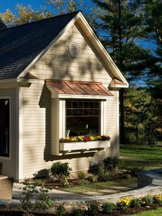 Small accents make a huge impact - Traditional Exterior by Witt Construction Copper Awning, Copper Roof, Metal Roof, Bay Window Living Room, My Living Room, Roof Design, Window Design, Exterior Design, Bay Window Exterior