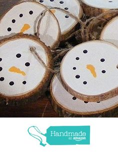 christmas crafts Wood Christmas Ornaments Log Slice Snowman Hand by GFTWoodcraft Christmas Crafts For Kids, Homemade Christmas, Christmas Projects, Winter Christmas, Holiday Crafts, Christmas Holidays, Christmas Gifts, Christmas Ideas, Natural Christmas Decorations