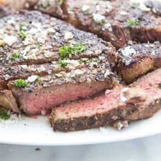 Sometimes the simplest ingredients make the best meals. Such is the case with this delicious butter steak. Just a handful of simple add-ins, so much flavor. Easy Steak Recipes, Pork Recipes, Fun Cooking, Cooking Recipes, Cooking Tips, Homemade Garlic Butter, Meat Steak, Lamb Ribs, Fire Food