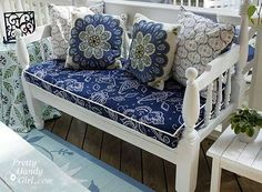 Screen porch makeover in blues and whites - stunning and super affordable