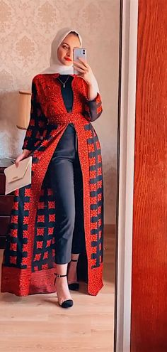 Traditional Hijab Outfit, Kimono Top, Traditional, Outfits, Tops, Women, Fashion, Moda, Suits